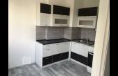 MH4, Teljesen felújított lakás eladó, Székesfehérvár